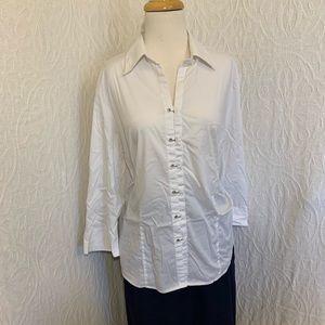 Unique White button up shirt 18/20
